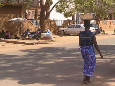 PETIT TRAVAIL FEMININ1.jpg