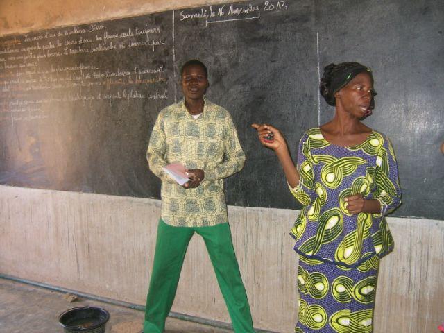 CM2 (3) l'enseignant et la directrice