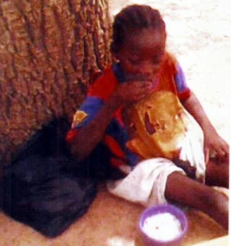 PHOTOS DAPELGO enfant2 MAI 2010 2.JPEG